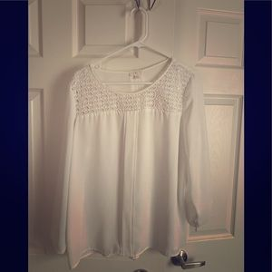White blouse- cute!